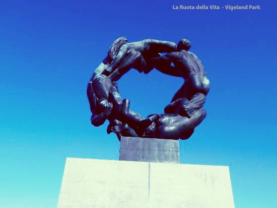 """OSLO - VIGELAND PARK - La Ruota della Vita -  """"E' il simbolo perfetto dell'eternità"""""""