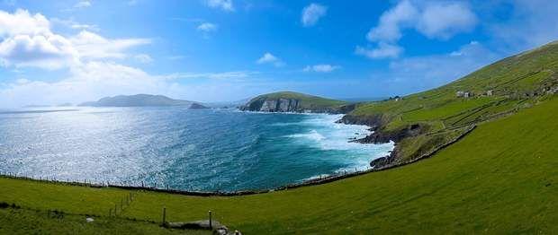 Péninsule de DingleÀ une centaine de kilomètres de Cork, dans le sud-ouest de l'Irlande, se trouve la péninsule de Dingle. C'est là, à l'extrémité de cette langue de terre qui s'élance dans l'Atlantique que se trouve Dunmore Head, le point le plus occidental d'Irlande... et donc d'Europe !Photo :Daniel Stockman/ Flickr cc 2.0