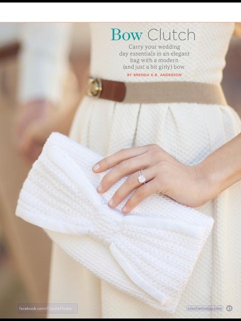 Cute crochet clutch purse | The Veggie Mama
