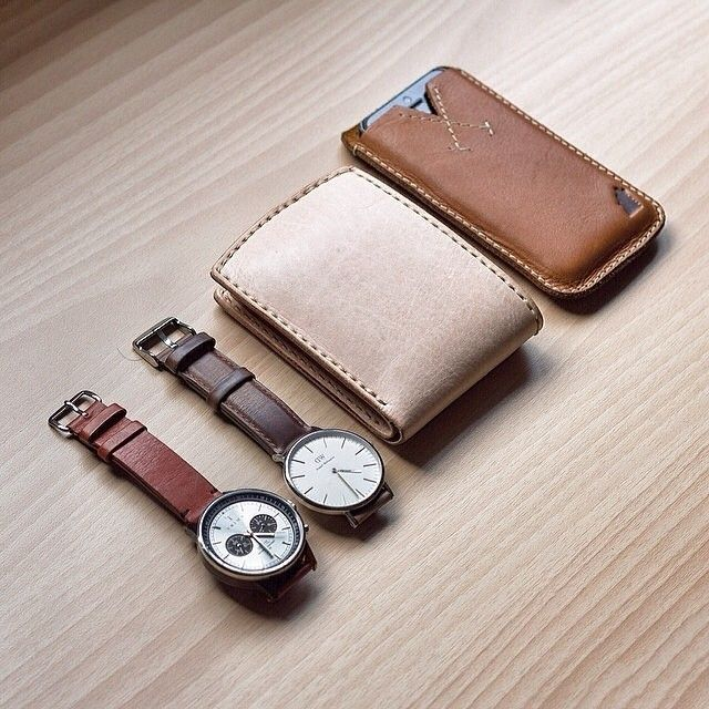 @rubenkristianto's leather essentials.  #thewatchco #danielwellington #triwa