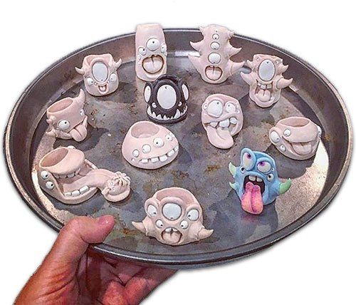 Brooke Duckart merges a love of characters and airplants on PolymerClayDaily.com