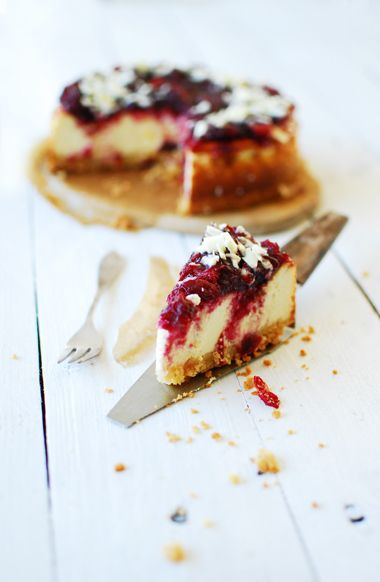 Cheesecake with toasted almonds + cranberries