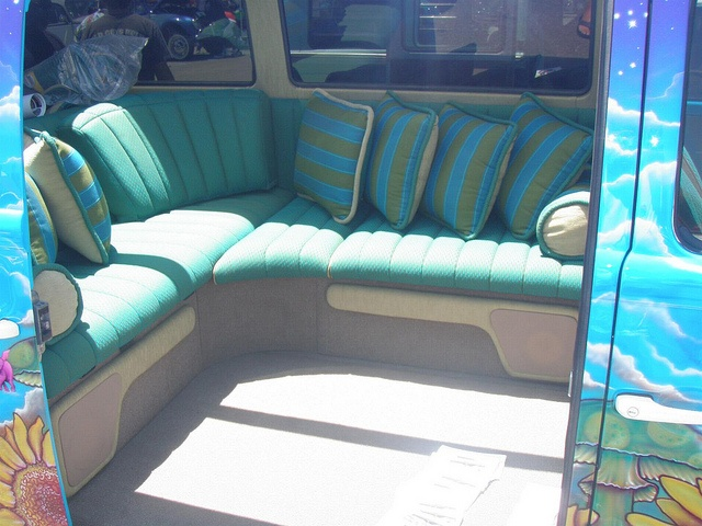 110 best images about vw interior on pinterest for Vw kombi interior designs