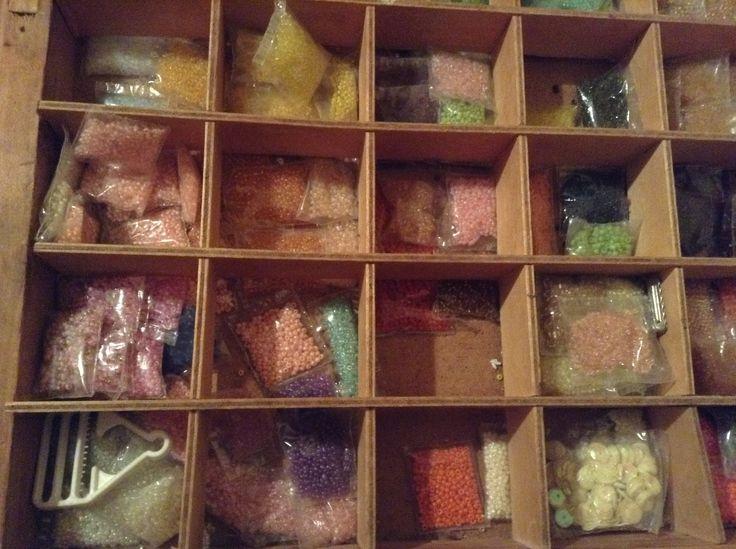 Kása gyöngyök minden színben 5 grammos kiszerelésben 250 Ft / 5 csomag