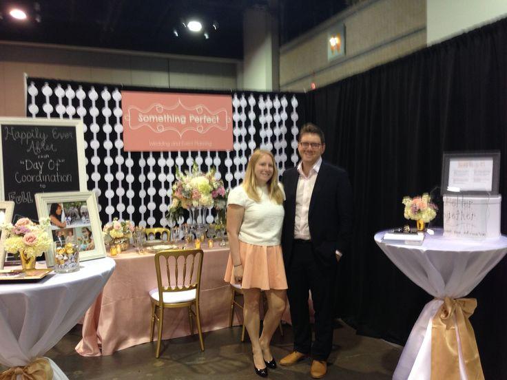 Best 25 Wedding Planner Book Ideas On Pinterest: 25+ Best Ideas About Bridal Show Booths On Pinterest