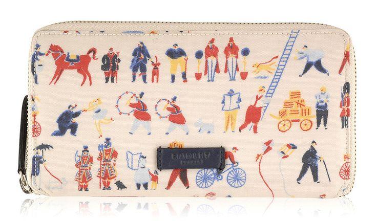 Radley Large Matinee purse. Radley Streets Of London. Ladies will love this Radley purse !