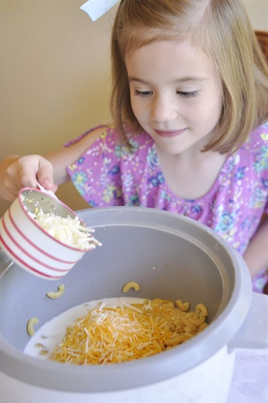 Rice Cooker Mac & Cheese recipe to include your kids!