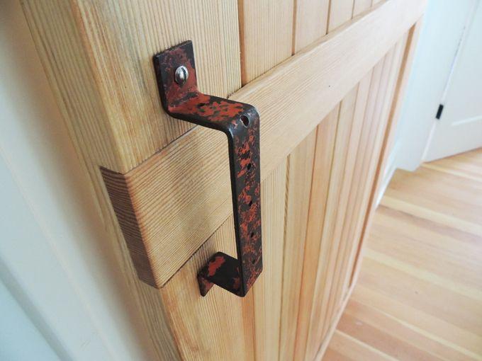DIY Sliding Barn Door | Custom Design Barn Door Design for Laundry ...
