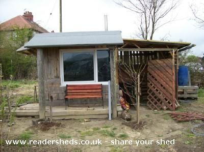 110 best pallet buildings and project images on pinterest pallet