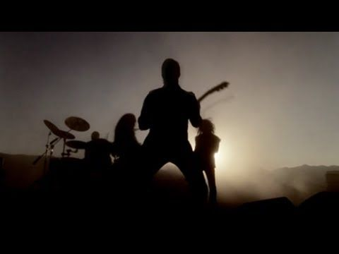 "The Day That Never Comes [Official Music Video]  From the album ""Death Magnetic""    Director: Thomas Vinterberg  Filmed in August 2008 outside of Los Angeles, CA  Video Premiere Date: September 1, 2008    © 2008 Metallica"