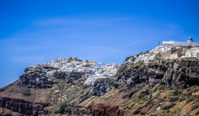 Amazing #afterweddingsession in Santorini by #Phosart #Photography & #Cinematography See after wedding photo collection : http://photographergreece.com/en/photography/after-wedding-shoots/385-clio-vasilis-after-wedding-shoot-in-santorini