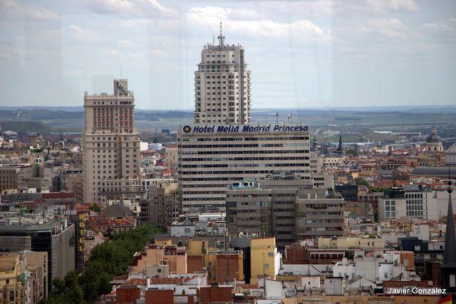 Los tejados de Madrid: Edificio España, Torre de Madrid y Hotel Meliá Princesa - Foto: Javier González (blog: Las imágenes que yo veo)