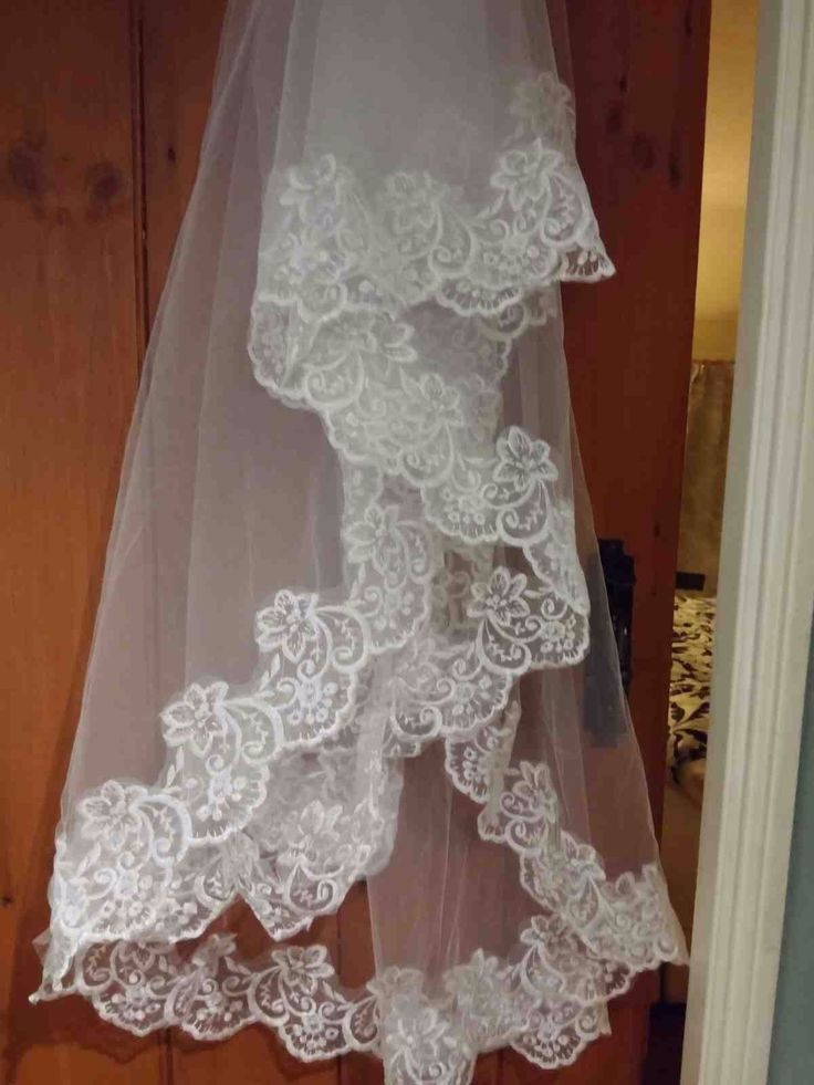 Lace Wedding Dress with Veil   eBay