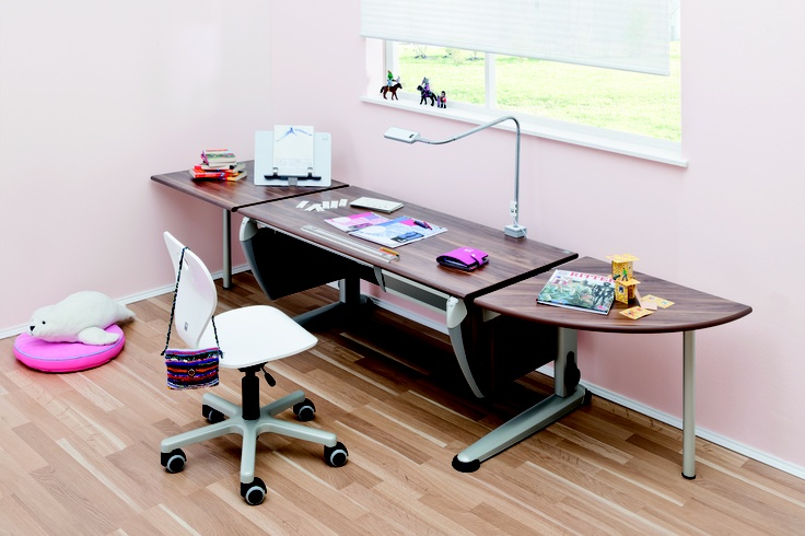 Ergonomic Study Desks and Furniture for Kids | ErgoBloom™