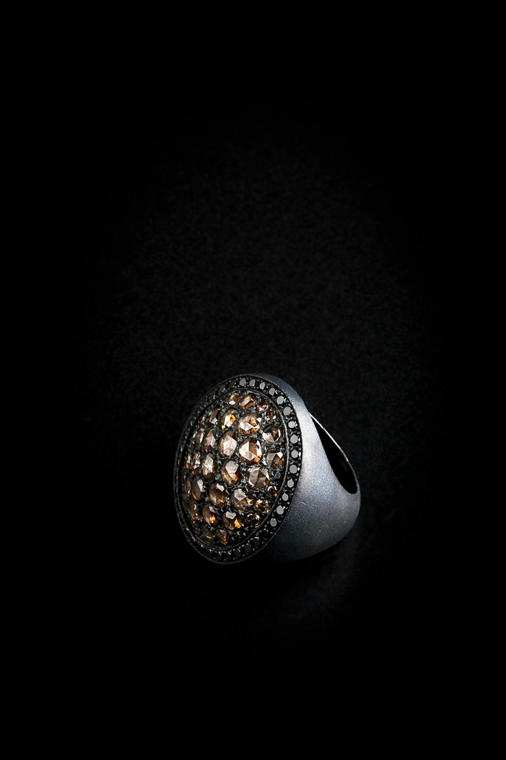 Rose cut oval ring