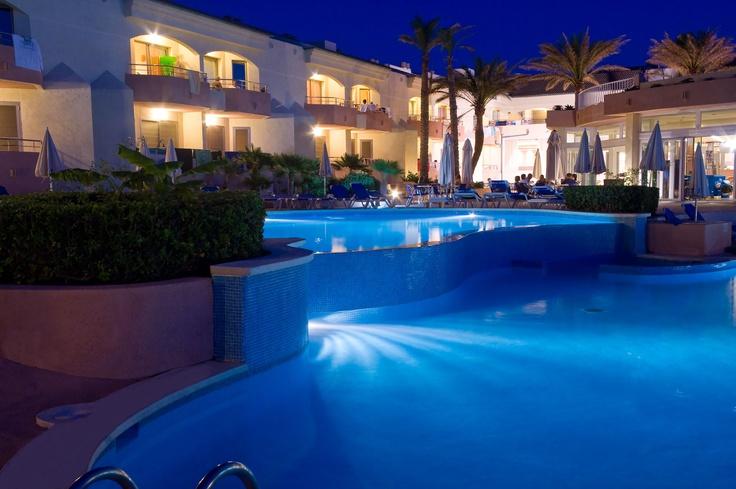 Sonne und über 25°? Schnell nach Mallorca! 4* Hotel THB Guya Playa – 1 Woche im Juni ab 303€. Hier schnell buchen http://www.lastminute.de/reisen/7012-1111-hotel-thb-guya-playa-cala-ratjada/?lmextid=a1618_180_e30
