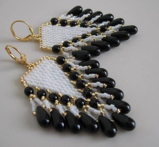 Beadwoven Seed Bead Earrings  Black/White by pattimacs on Etsy