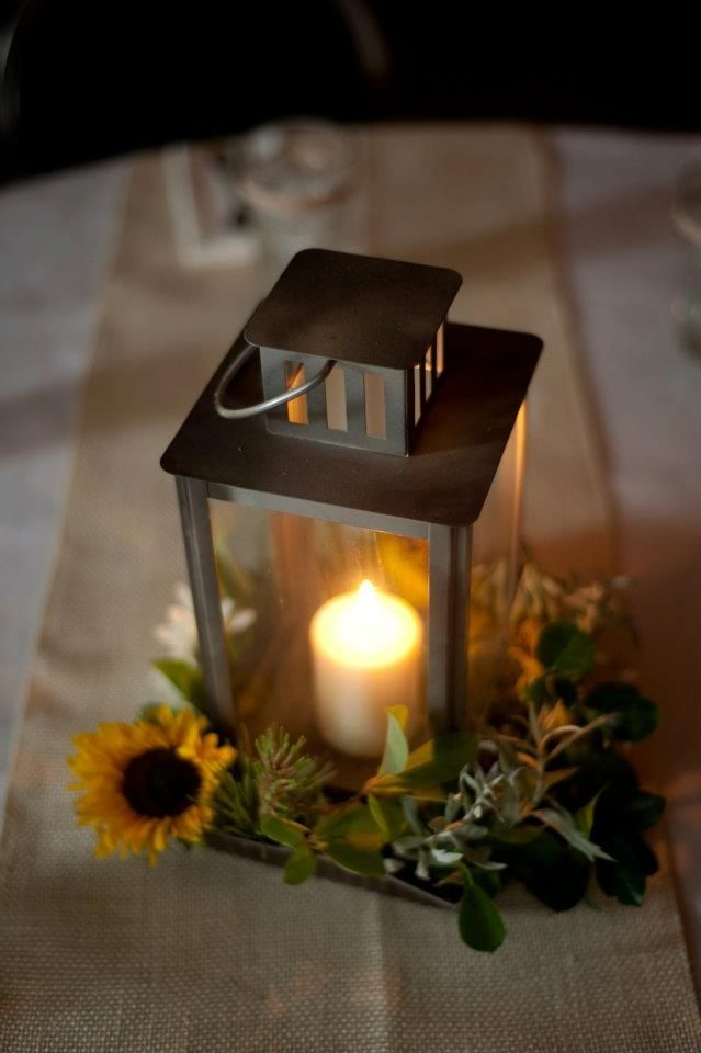 Fall wedding centerpieces with lanterns simple