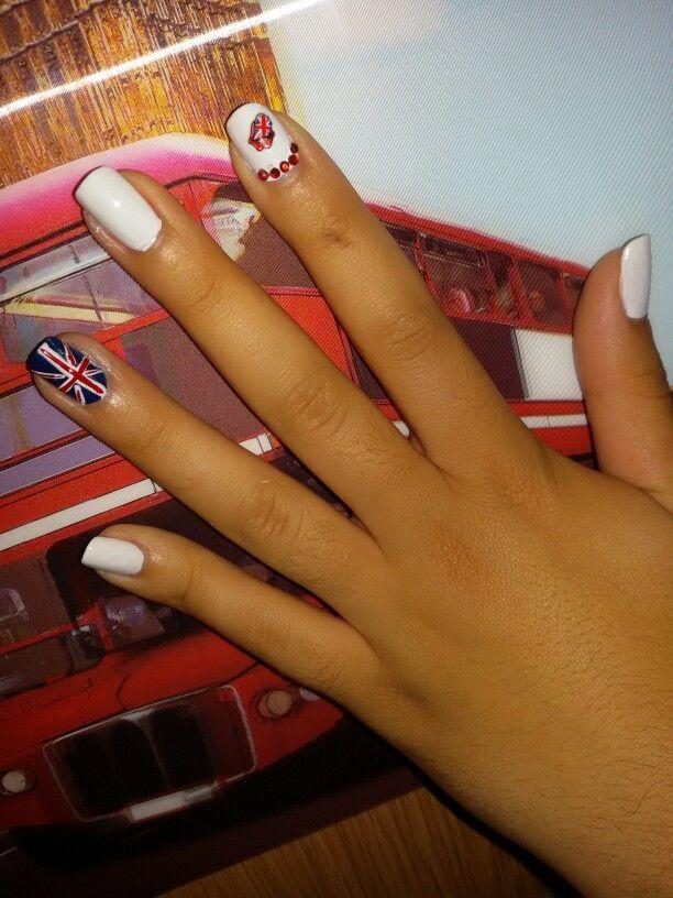 #nails #nailart #white