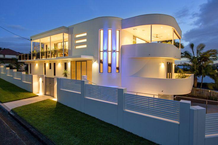 27 Alleena Street, Chermside // Mario Sultana #pool #blue #house #homeinspiration #poolarea #home #homedecor #brisbane #queensland #realestate #inspiration #homedecorate #realestate #realtor #brisbanerealestate #decorator #interiordesign #modern #crisp #light #open #space