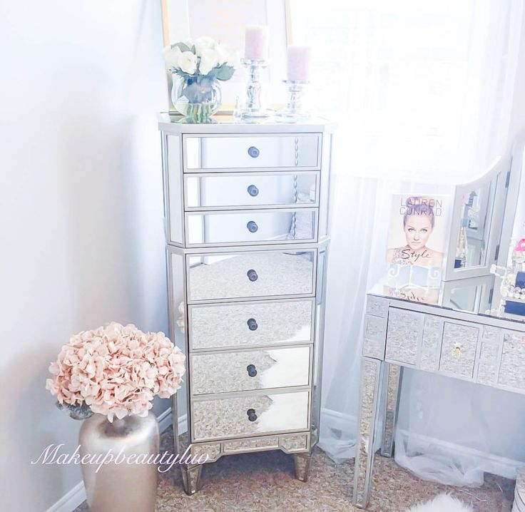 best 25 mirrored bedroom furniture ideas on pinterest neutral bedroom furniture mirror furniture and mirrored furniture - Mirrored Dresser Cheap