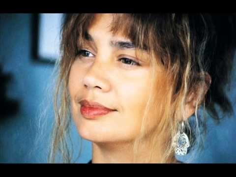 Sezen Aksu-Firuze (33'lük 1982) Söz:Aysel Gürel, Müzik:Atilla Özdemiroğlu