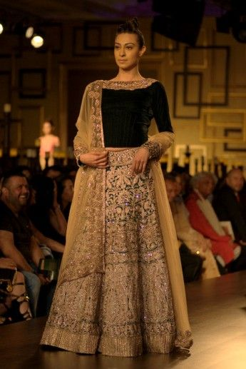 Manish Malhotra at India Couture Week 2014: Bridal Collection titled Portraits ! — Wed Me Good Blog