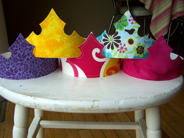 "Party Crowns...so easy to make! for Queen of Hearts embellished with ""Queen of Hearts"" card."