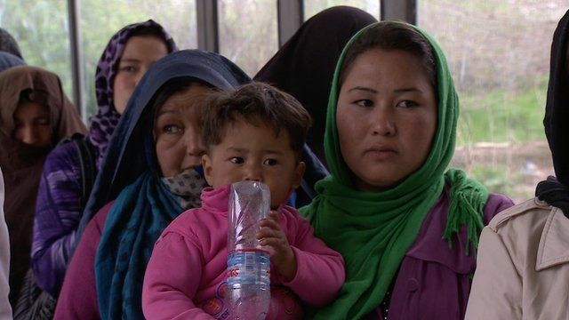 BBC News - Afghanistan election: Millions vote in presidential poll