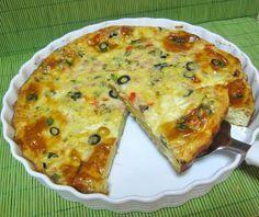 Reteta Tarta aperitiv omleta din categoriile Aperitive cu carne, Aperitive cu legume, Aperitive cu oua. Cu specific romanesc.