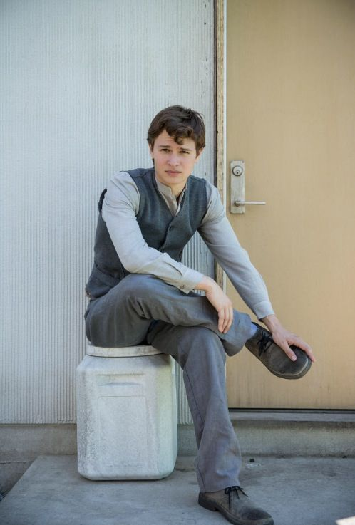 Ansel on set of Divergent // 4.13