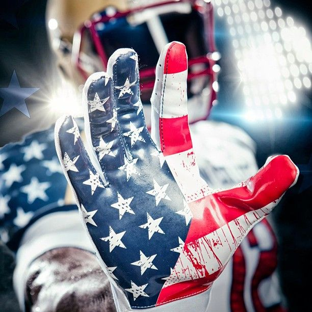 https://flic.kr/p/ecthP7 | Boston College football gloves by Under Armour for 2012 Wounded Warrior Project