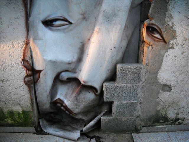 Street art de Andre Gonzaga Muñiz    El brasileño Andre Gonzaga aprovecha los espacios desgastados de las calles para crear sus obras abarcando ciudades como Portugal, Senegal, Berlín, Amsterdam y, por supuesto, su país natal, Brasil.