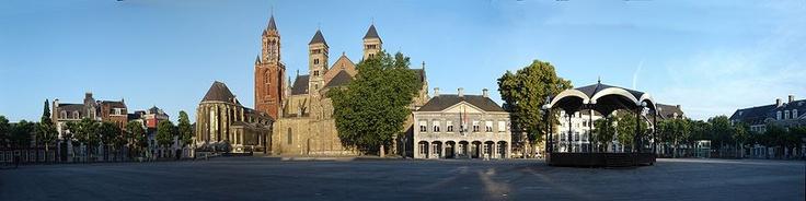 "Vrijthof Maastricht ""de hoeskamer vaan Mestreech"""
