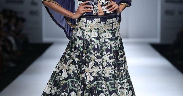 https://www.pinterest.com/r/pin/284008320235486611/4766733815989148850/2aa2196d0e05f9a916f95c33d32b8f076a30309c8d128202cb43494f24212c39    #indian #fashion #show