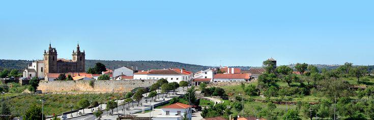 Quatrième jour : La visite de la citadelle de Miranda do Douro parachèvera idéalement la découverte de la vallée. De là, vous pourrez soit gagner l'Espagne toute proche soit rallier Bragança (à 75k...