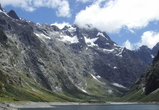 Save time and view the top ten attractions in New Zealand. This image is from Fiordland National Park.