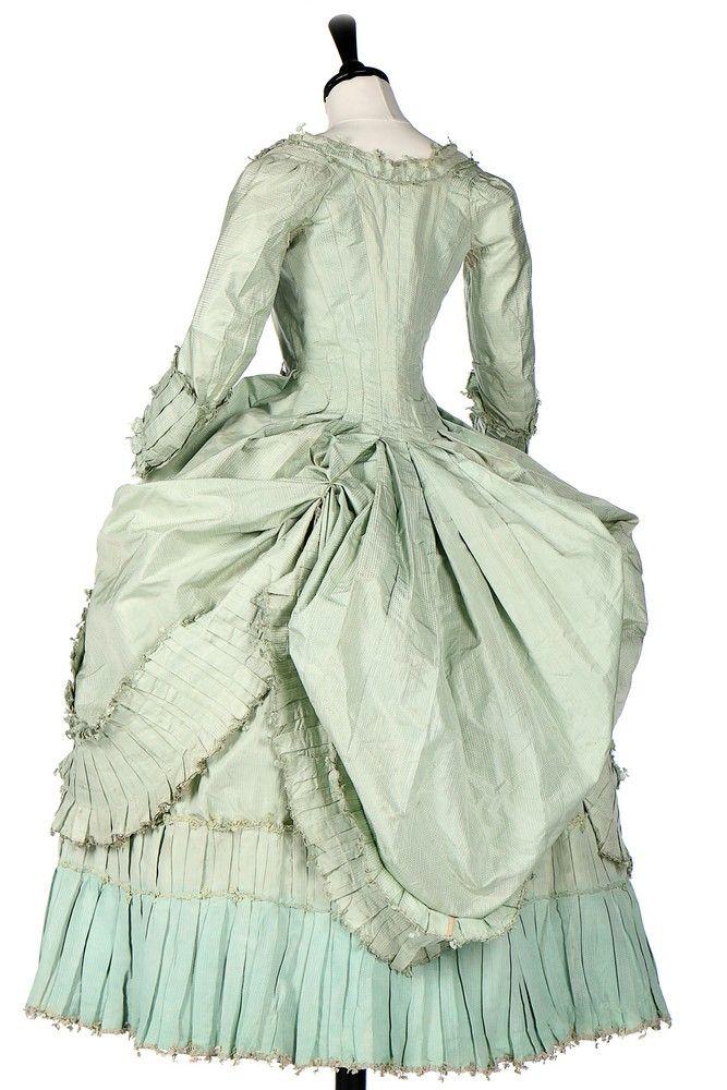 A peppermint-green silk 'Circassienne' robe, French, circa 1780