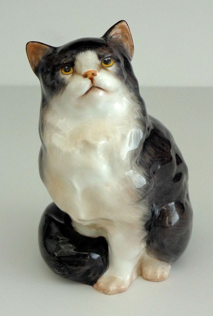 Королевский Долтон Костяной фарфор СТАТУЭТКА Персидская кошка HN 999