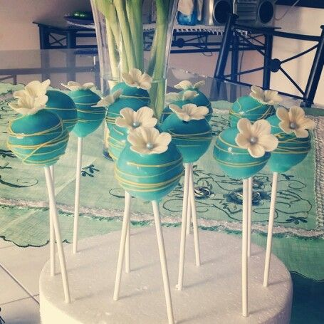 Cakepop flower decoration