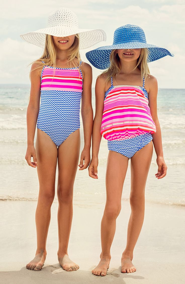 Old Navy offers a selection of kids swimwear in the latest styles and fashion colors. Find kids swimwear in an array of designs that are made to provide a comfortable fit and a terrific look for a combination you can't resist.