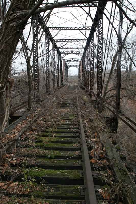Abandoned train trestle somewhere in NY by siliconwafer on railroad.net