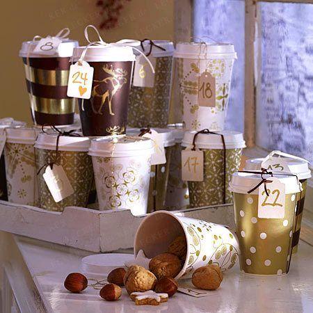 Adventskalender aus Kaffeebechern selber machen.