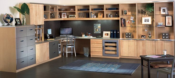 http://www.closetfactory.com/home-office/home-office-galleries/wood-office/?imgid=4262