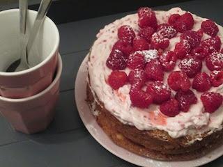 Smakelijck E-nummervrij!: Biscuitbodem (zonder meel en suiker)!