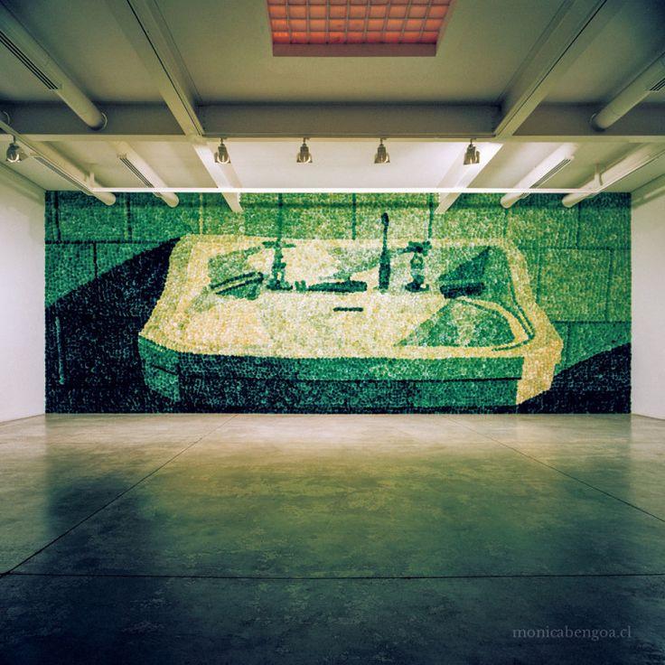 Sobrevigilancia (2001) • mónica bengoa. Galería Animal. Por Mónica Bengoa. #artwork #art #arte #mural #handmade #cardos #thistles