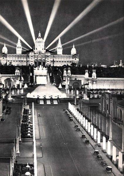1929: Fuente Mágica de Montjuic - Font Màgica de Montjuïc - y el Paseo Maria Cristina. La Barcelona de antes