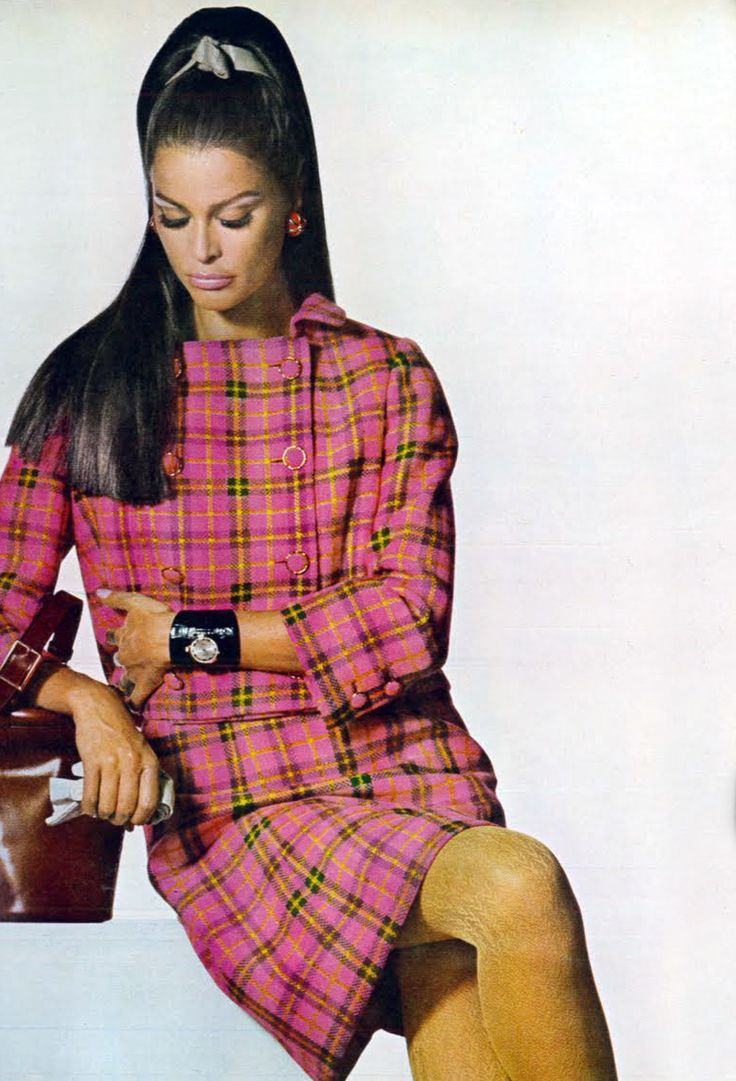 Photo by Penn. Vogue 1967 | Sixties fashion Fall & Winter | Pinterest | 60 s, 1960s and Vintage ...