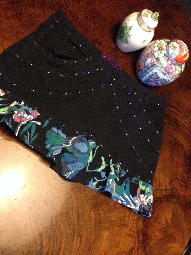 #Custo from #Barcelona! Black #miniskirt floral print ruffle finishing
