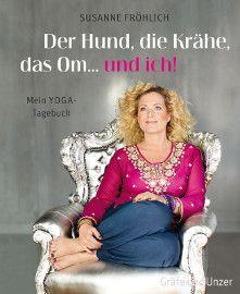 """Susanne Fröhlich mach Yoga und steckt ganz Deutschland an. """"Der Hund, die Krähe, das Om… und ich!"""" ist ein herrlicher Anreiz, um das eigene Wohnzimmer zum Yoga-Studio umzufunktionieren, und falls man den Schweinehund doch lieber auf der Couch pflegt, bietet das Buch einfach nur humorvolle, unterhaltsame Lektüre und einen schönen Einblick in die faszinierende Welt des Yoga."""